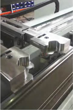 Tecnysider suministra máquinas robtoizadas plegadoras de chapa Borschert - Gizellis Robobend