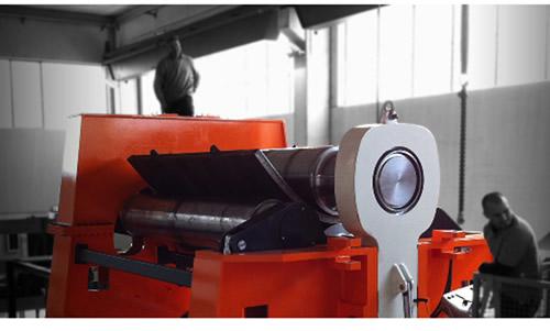 Máquina cilindradora de 3 rodillos